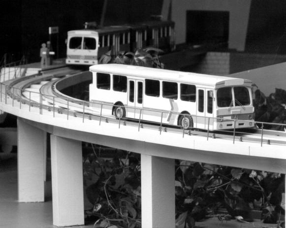 Foto Mercedes Benz MB -Modell O-Bahn