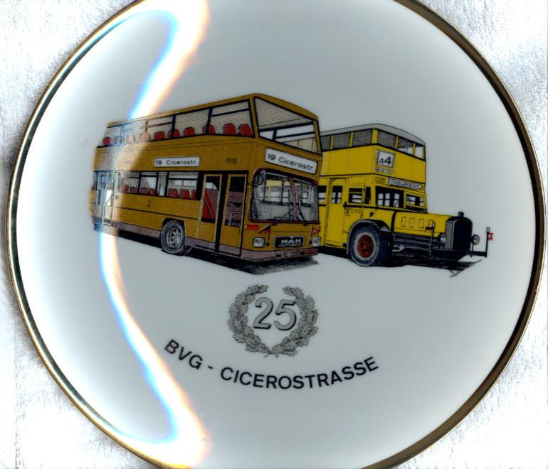Omnibus-Wandteller 25 J. BVG,Cicerostr.