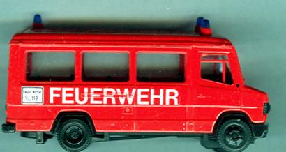 Praline Mercedes Benz MB  507-D FW-Mannschaftsbus