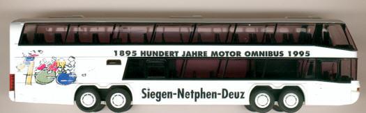 Rietze Neoplan-Megaliner 100 J.Motor-Omnibus mit Logo