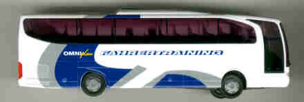 Rietze Mercedes Benz MB  Travego 2-achs. OMNIplus  Fahrertrainin