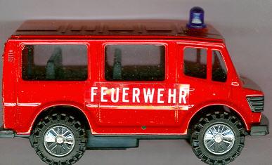 Dickie Feuerwehreinsatzwagen